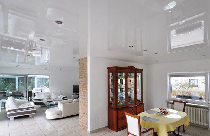Pose plafond tendu Orléans 45000 : avantages et étapes à suivre pour son installation